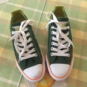 Limited Ed. Green Converse Unisex Chuck Taylor